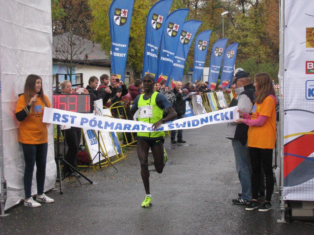 Zaprojektuj medal na półmaraton!