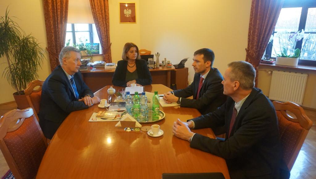 Nifco: Nie zastąpimy Polaków Ukraińcami