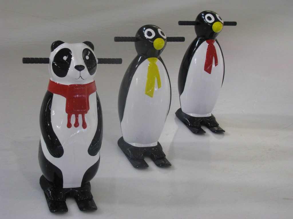 Pingwiny na lodowisku [FOTO]