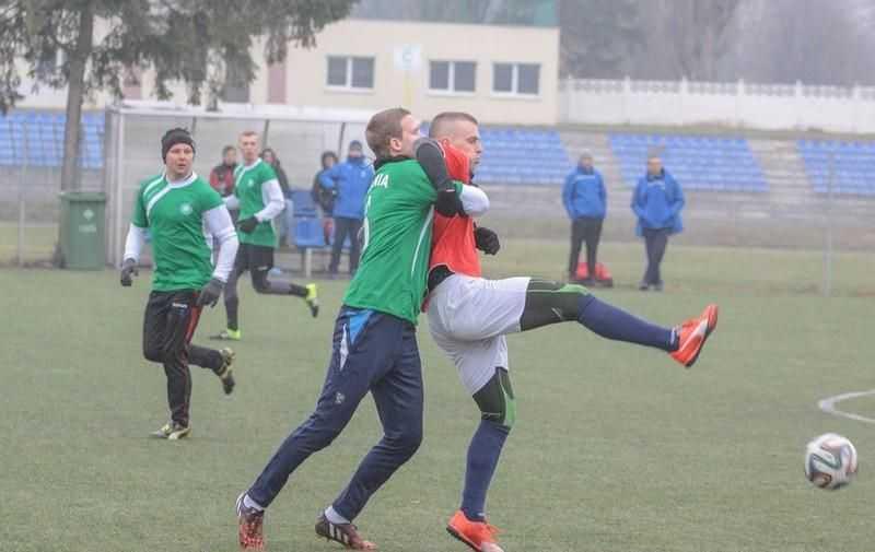Polonia-Stal przegrała z Lechią. Będą posiłki z… Cypru? (FOTO)