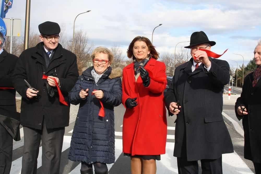 Wałbrzyska uroczyście otwarta (FOTO)