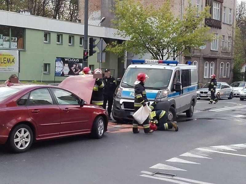 Wypadek z udziałem radiowozu