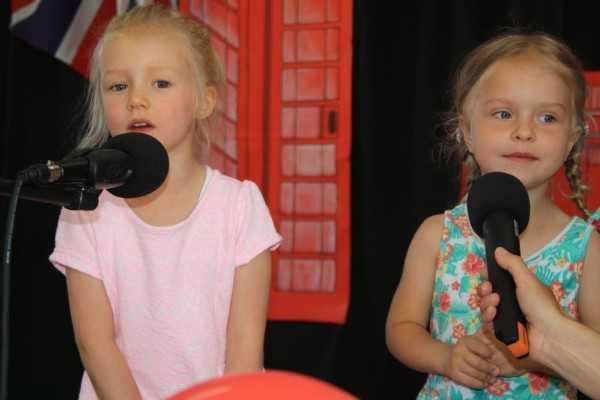 Przedszkolaki śpiewały po angielsku (FOTO)
