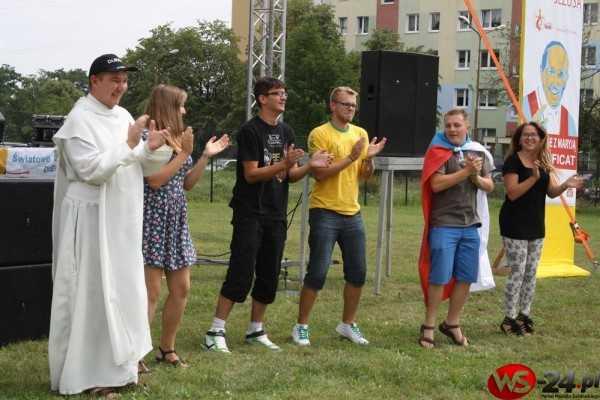 Setki pielgrzymów w Świdnicy (FOTO)