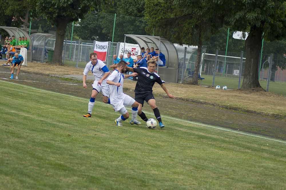 Piłkarski weekend (ZESTAWY PAR OD IV LIGI DO KLASY B)