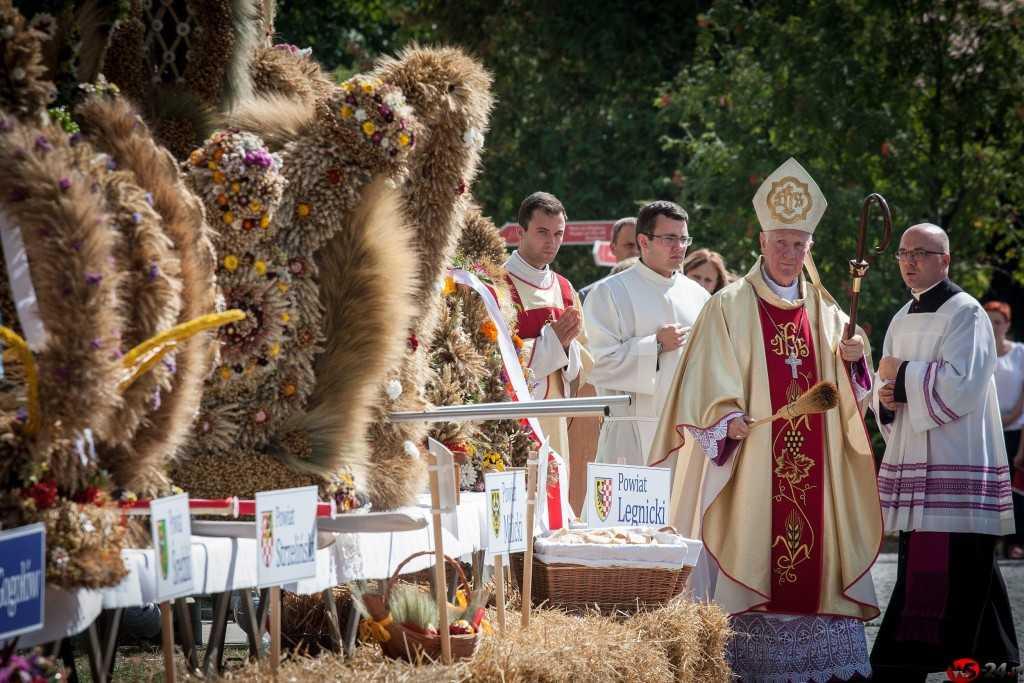 Dożynki gminne dożynkami diecezjalnymi