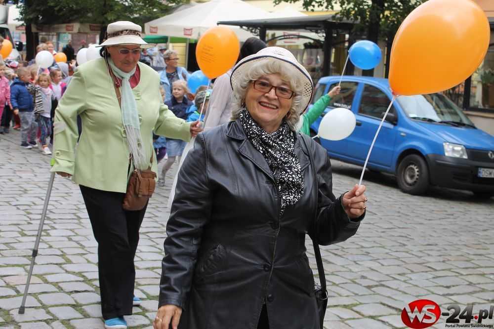 obchody dnia seniora świdnica seniorzy 2016 BFG (25)