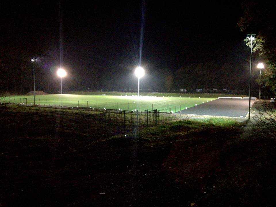 Żarów z nowym boiskiem (FOTO)