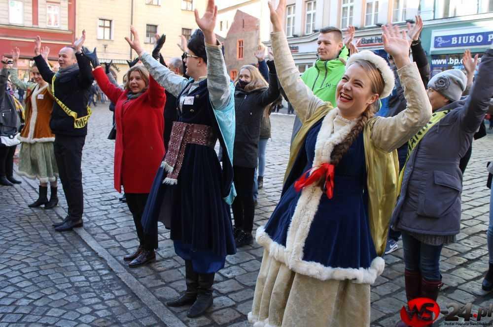 Trzynasty polonez na szczęście! (FOTO/VIDEO)