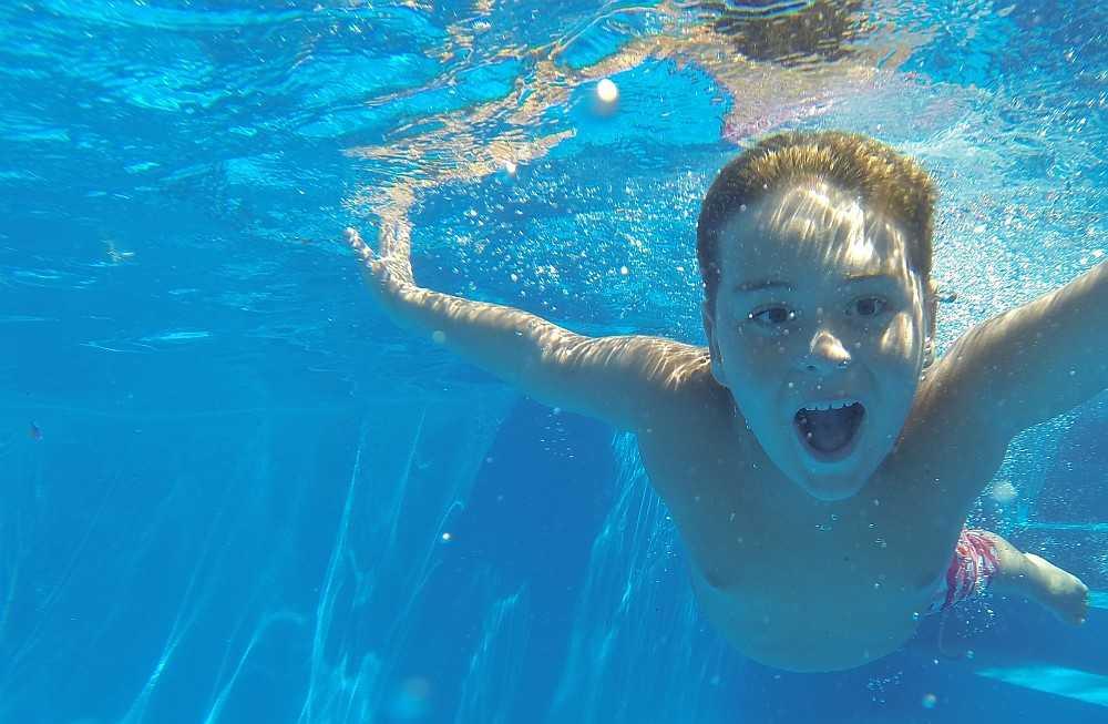 Przybij piątkę na basenie w Żarowie