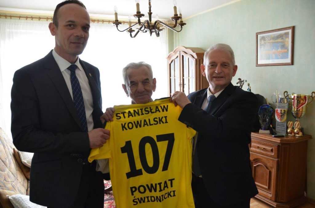 Pan Stanisław ma już 107 lat!