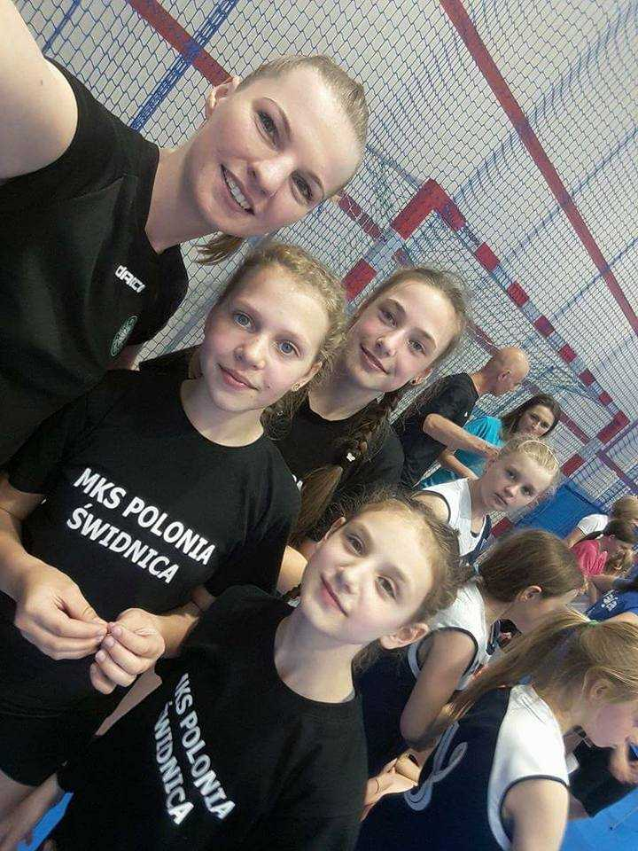 """Młodziutkie siatkarki Polonii pojadą na finały """"Kindera""""! (FOTO)"""