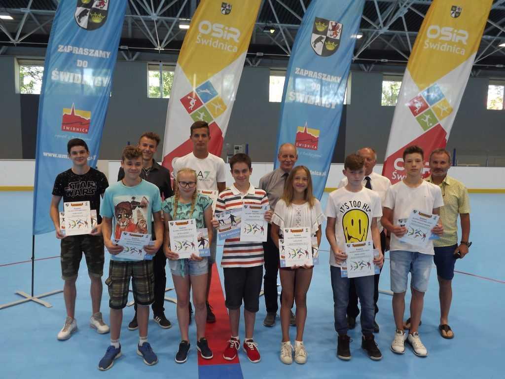 Najlepsi szkolni sportowcy nagrodzeni (FOTO)