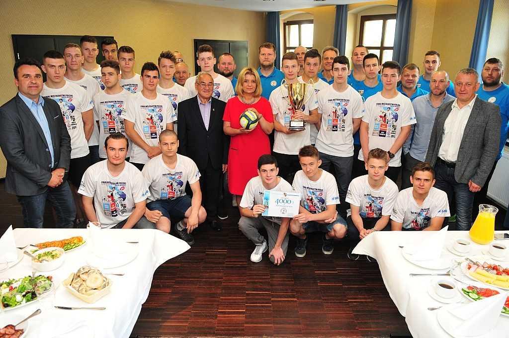 Śniadanie mistrzów. Gratulacje dla ŚKPR-u Świdnica (FOTO)