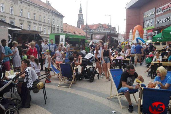 Jedzenie na kółkach znowu w Świdnicy (FOTO)