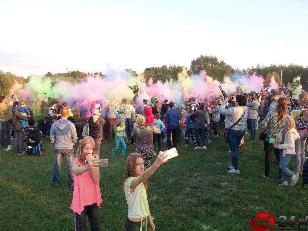 Eksplozja kolorów nad zalewem (FOTO)