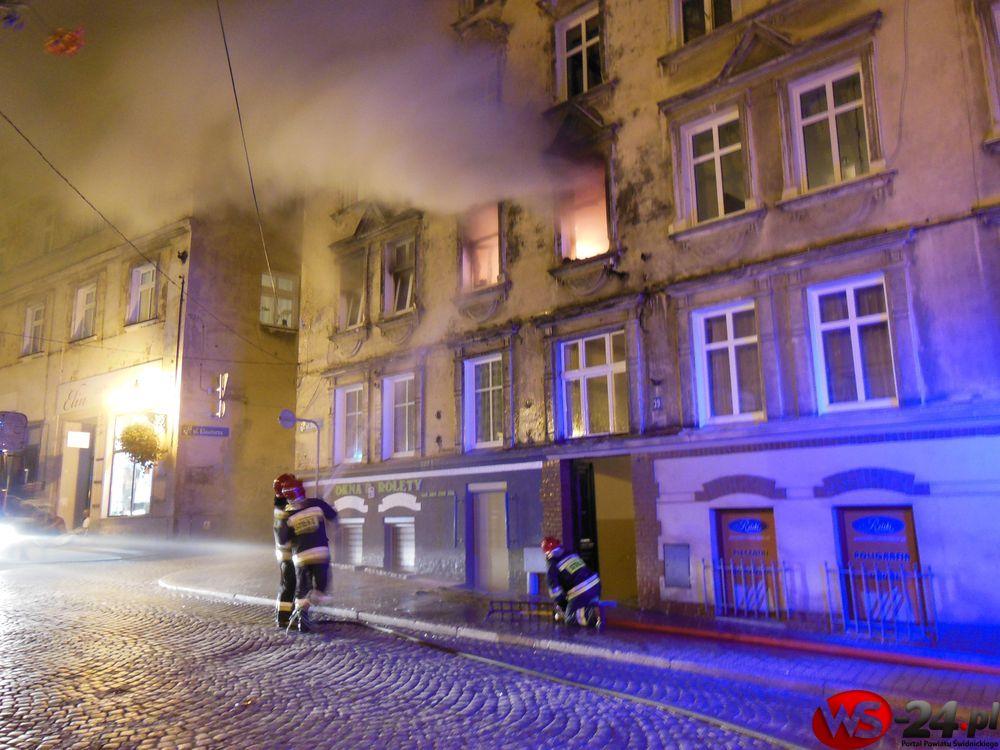 Pożar mieszkania (FOTO)