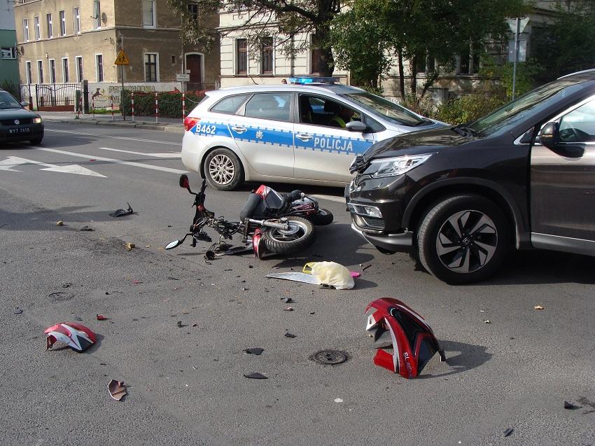 Groźny wypadek na ul. Ofiar Oświęcimskich (FOTO)