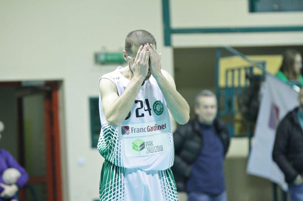 Bolesna porażka koszykarzy