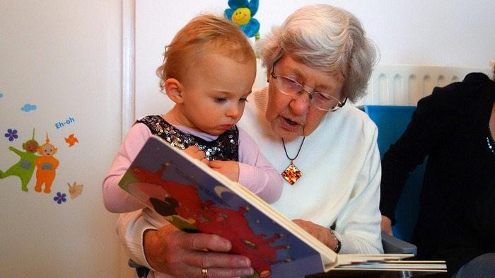 Z życzeniami dla dziadków