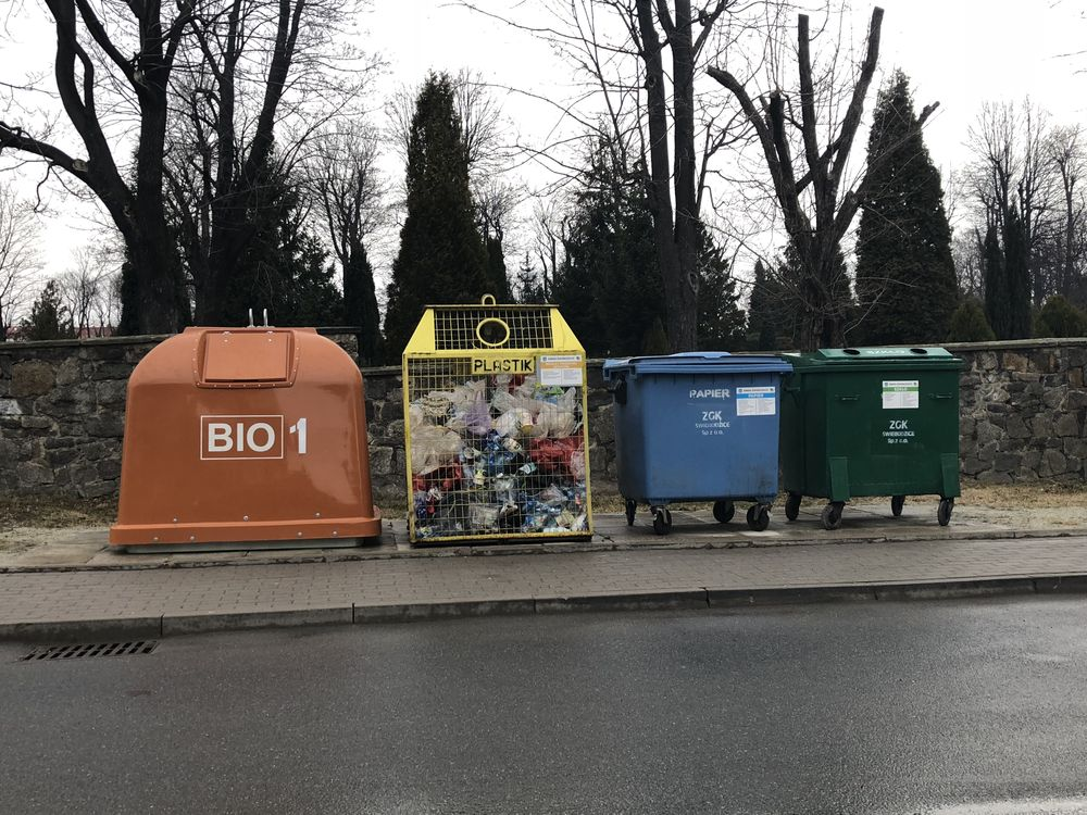 BIO kontenery już są