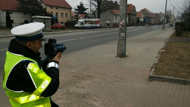 Więcej patroli policji na drogach