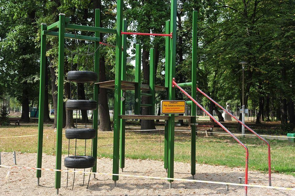Przebudowa placu zabaw w Parku
