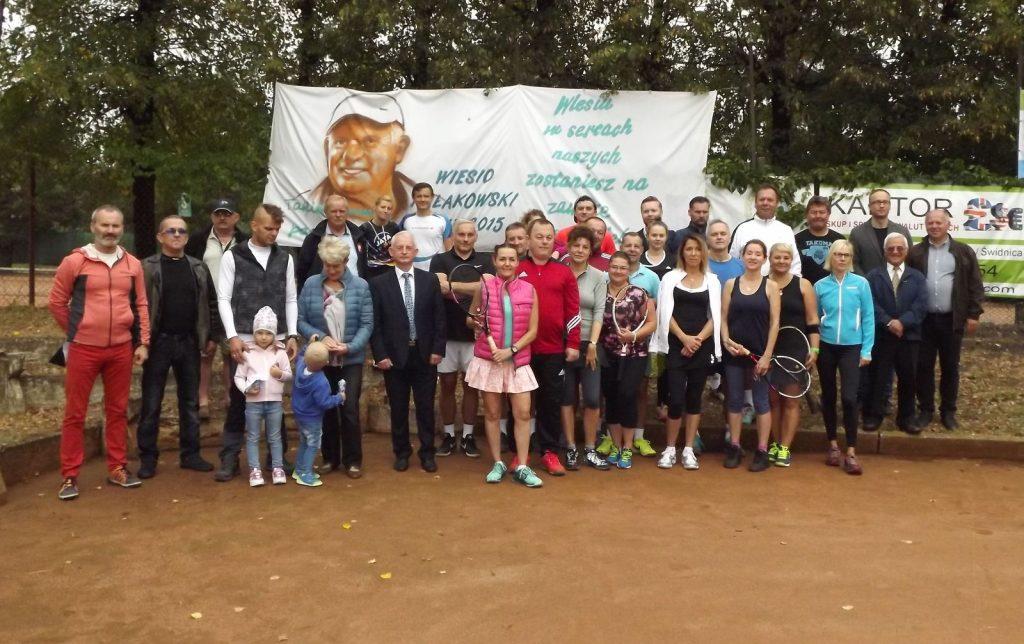 Tenisowe miksty zagrały dla Wiesia Kułakowskiego (FOTO)