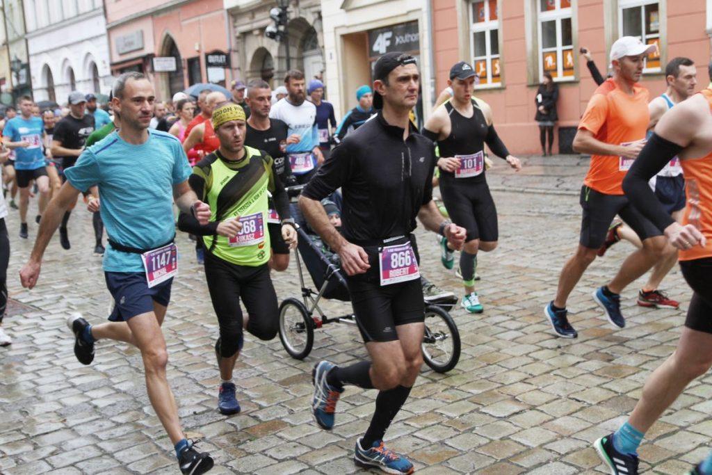 Zbliża się 5. RST Półmaraton Świdnicki (Szczegóły imprezy, utrudnienia dla kierowców)