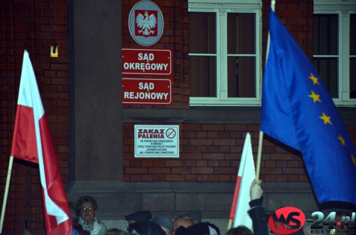 Protest_sad_009